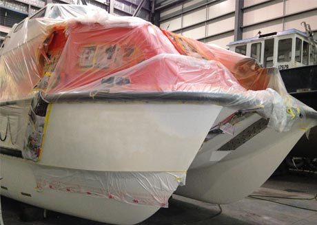 marine fibreglass repair brisbane Arnold Fibreglass Repairs work